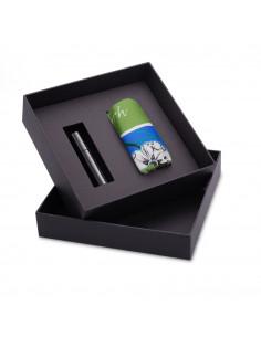 Шелковый платок и парфюм...
